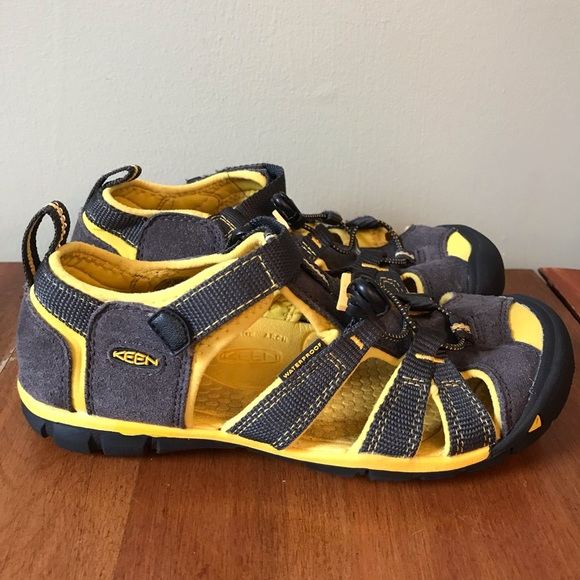 Keen Other - Keen yellow sandals